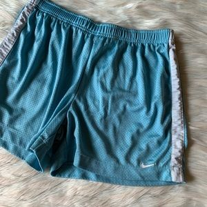 Nike Mesh Stripe Side Shorts